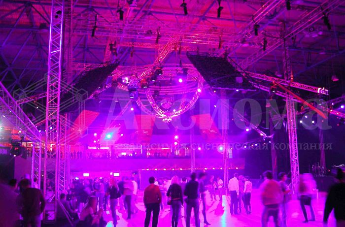 Sound, light, video, and decorations suspension systems